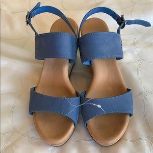 Ugg Elena Wedge Azul size 7
